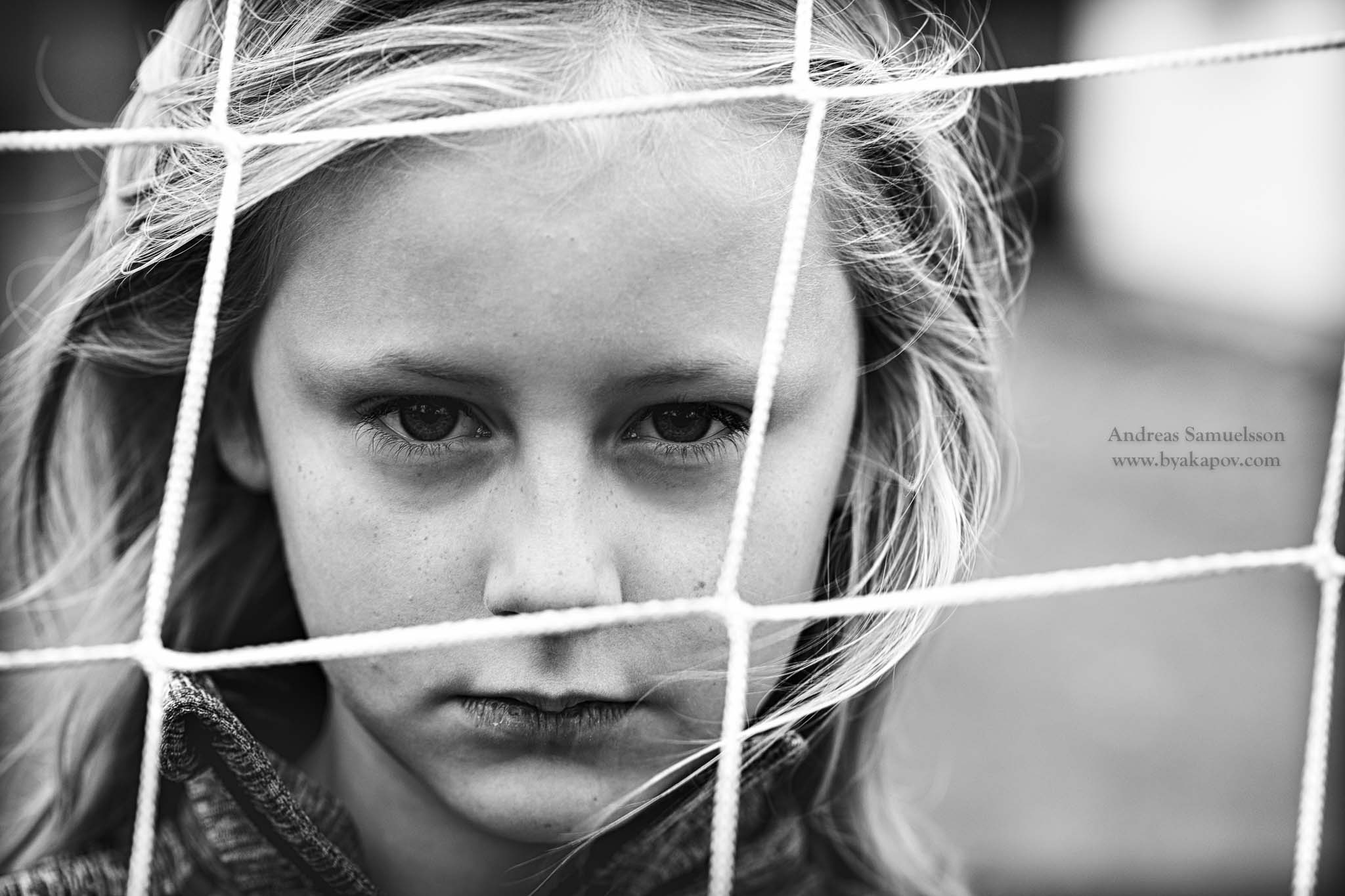 childhood-girl-bw-portrait
