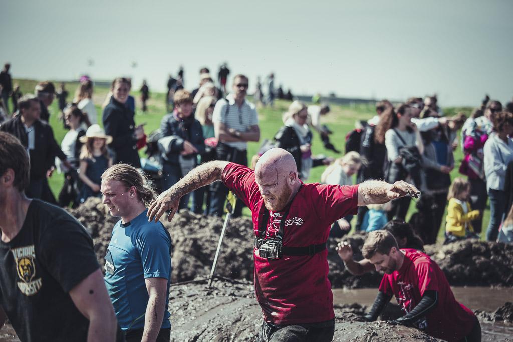 toughest-contestant-mud
