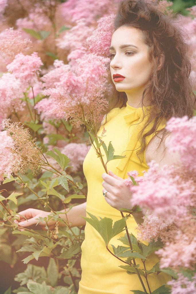 fashion-portrait-yellow-dress
