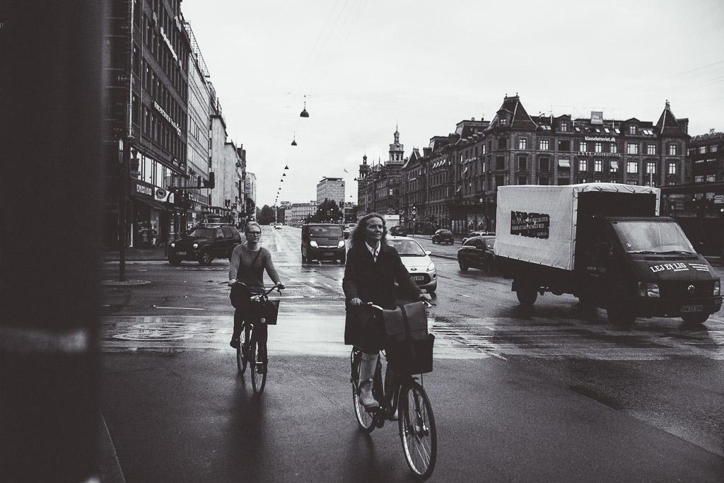 women-bicycling-in-copenhagen